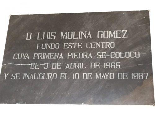 Placa Luis Molina Gómez